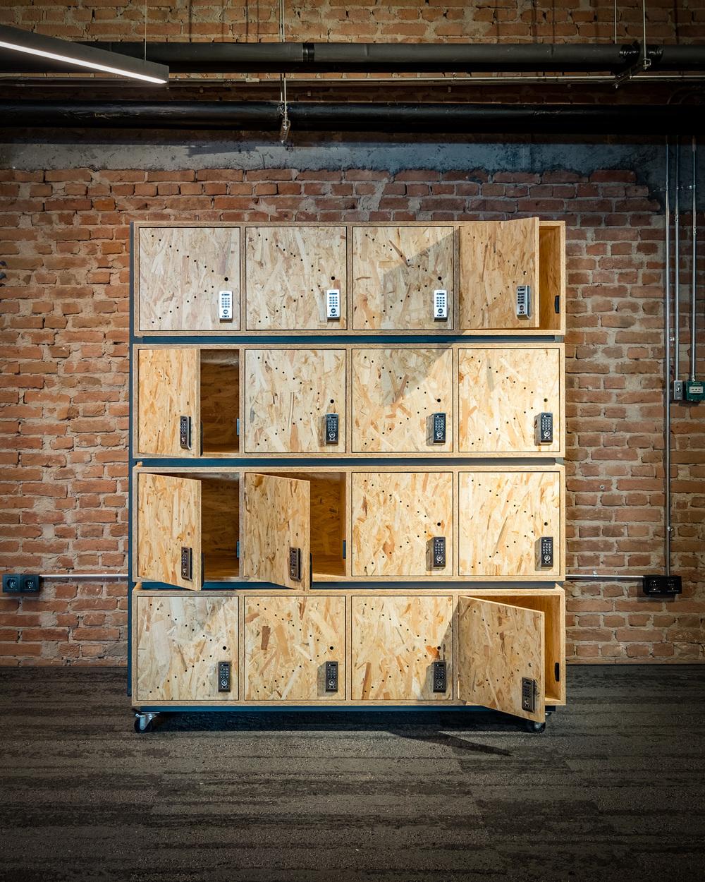 locker_2.jpg