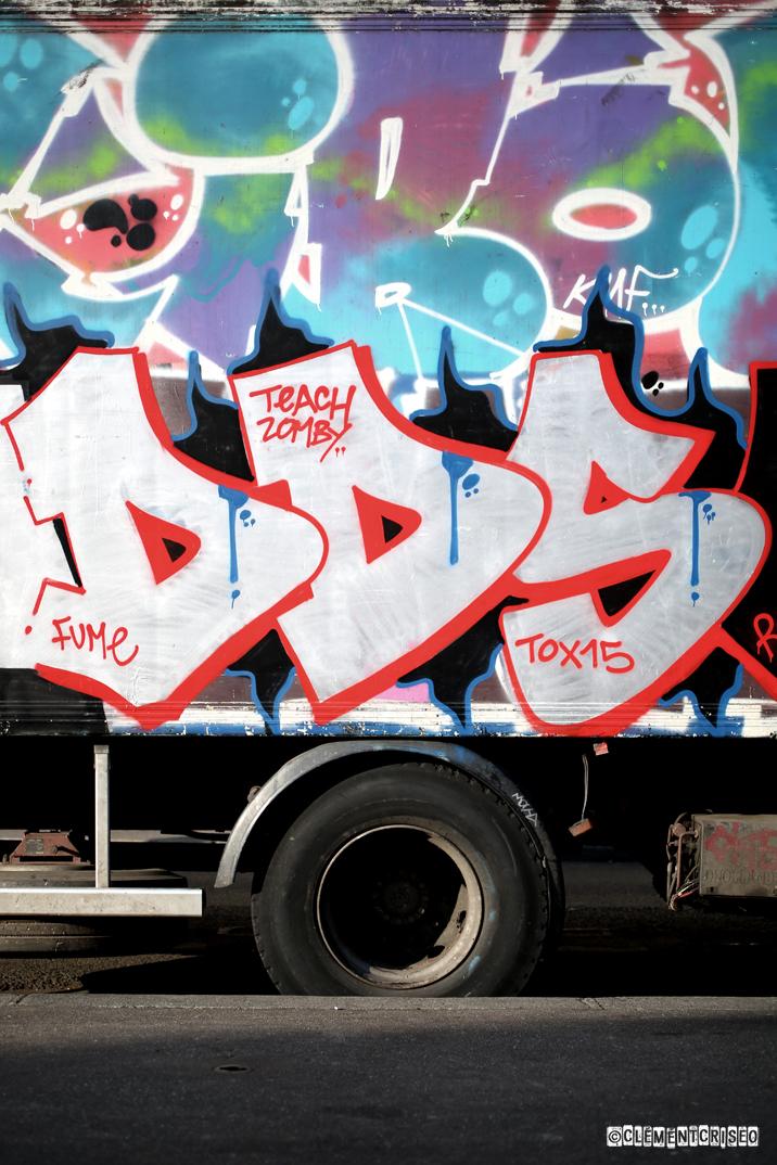 DDS- Paris/London