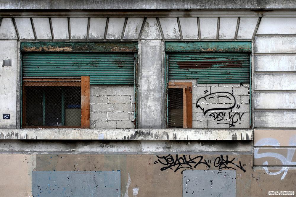 Hommage aux petites agonies urbaines