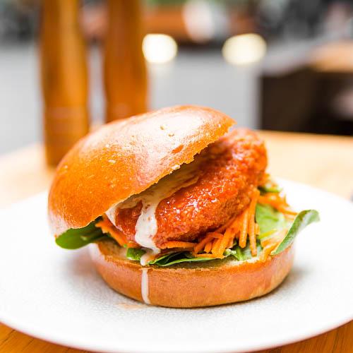 BreadandMeatCompany_ChickenBuffaloBurger-32.jpg