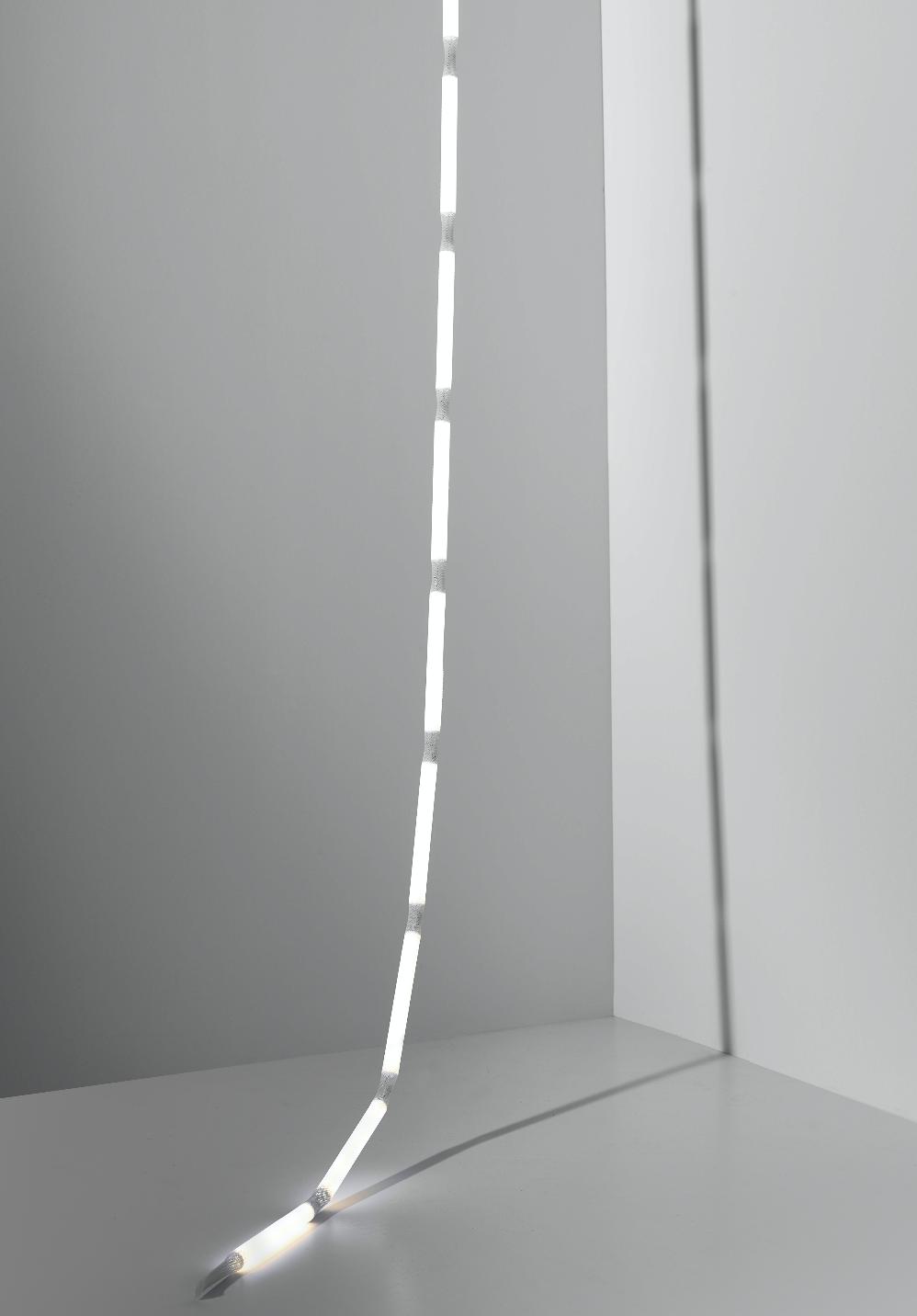 Verena_Hennig_Rope_Light2_small.jpg