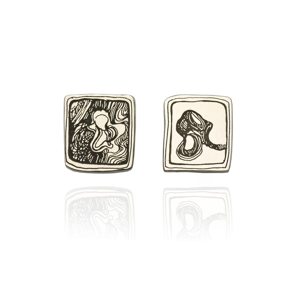 Antelope Square Earrings 18 K white gold 1,623 LTL / 470 EUR