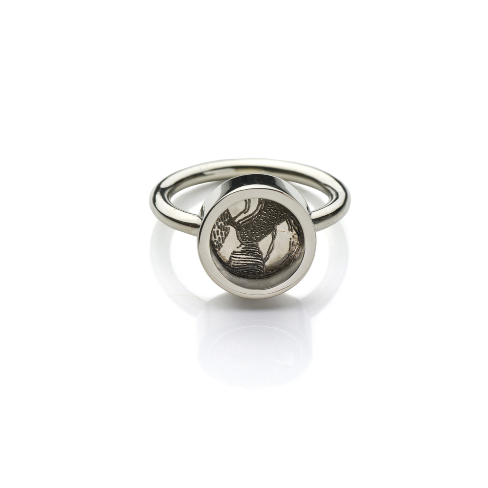 Antelope Ring 18K white gold  560 EUR