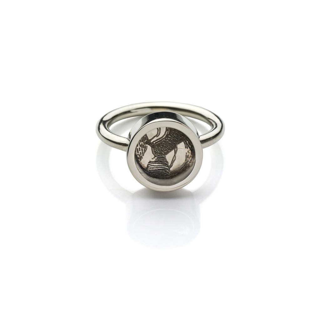 Antelope Ring 18 K white gold 1,934 LTL / 560 EUR