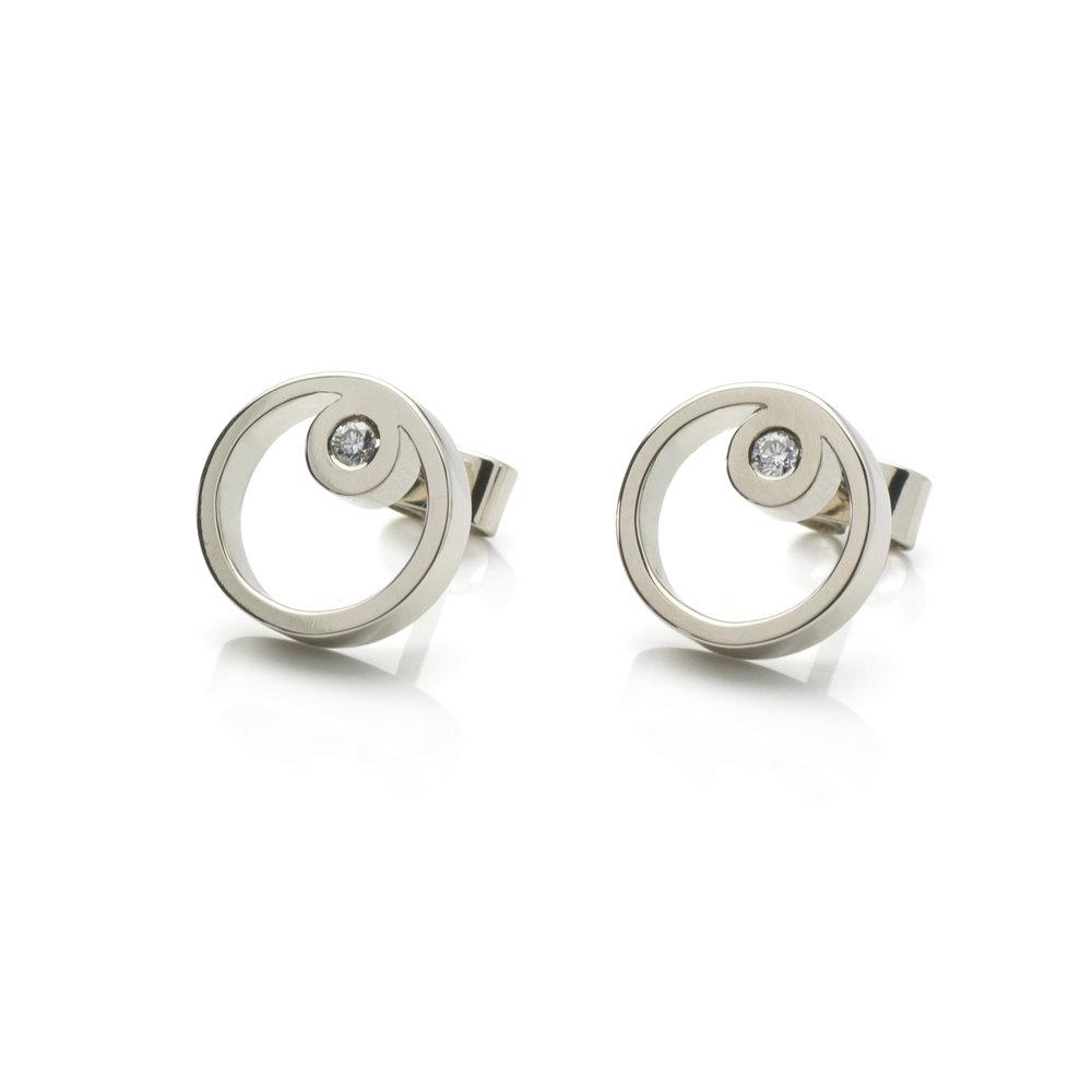 Earrings 'Gobi' White gold 18 K Brilliant cut diamonds 0.07 ct 740 eur
