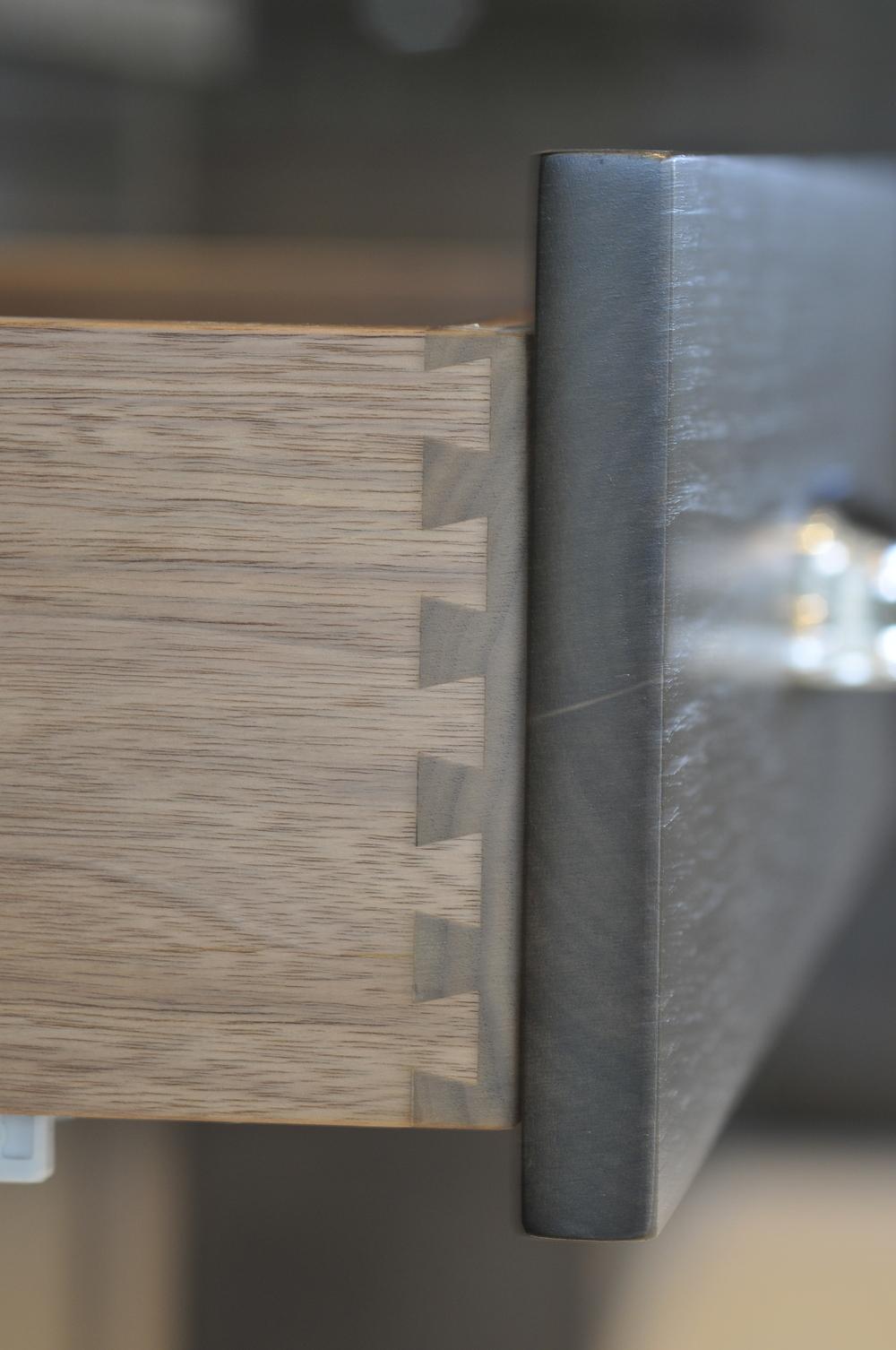dovetail drawers.JPG