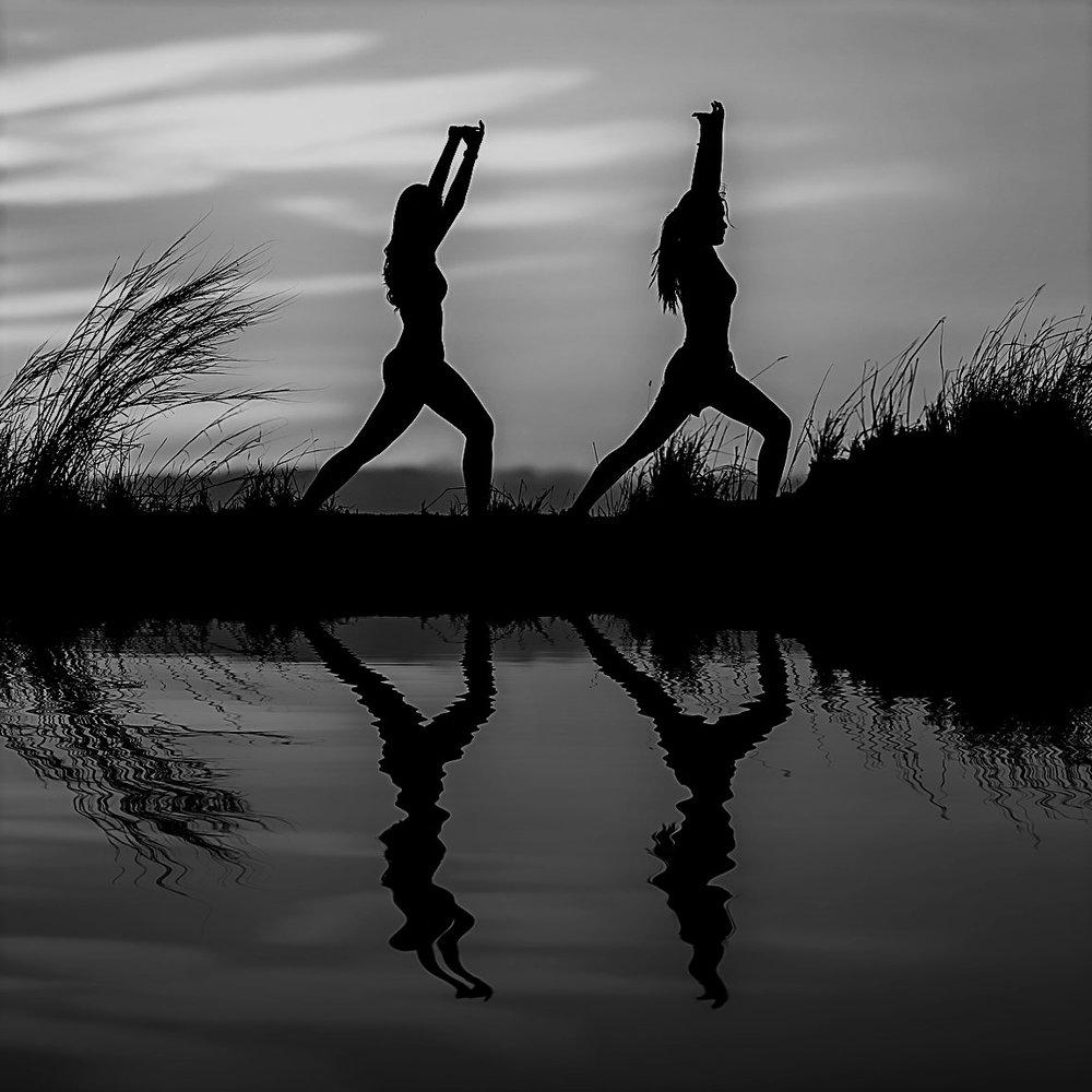 yoga-1822476_1280.jpg