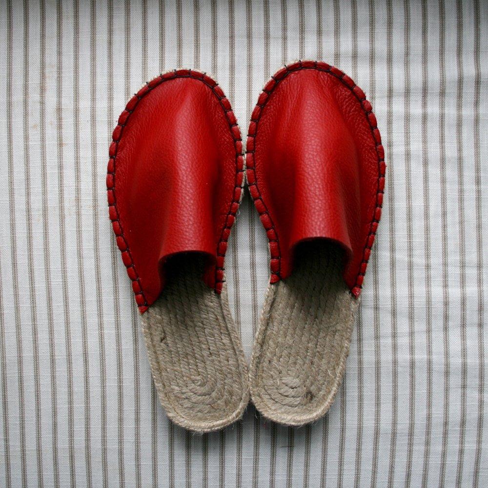 Red Juta Slippers.jpg