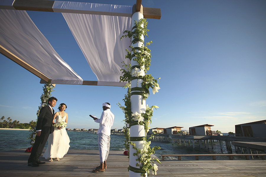 maldives . mauritius . tahiti . wedding photography by kurt ahs . 5397.jpg