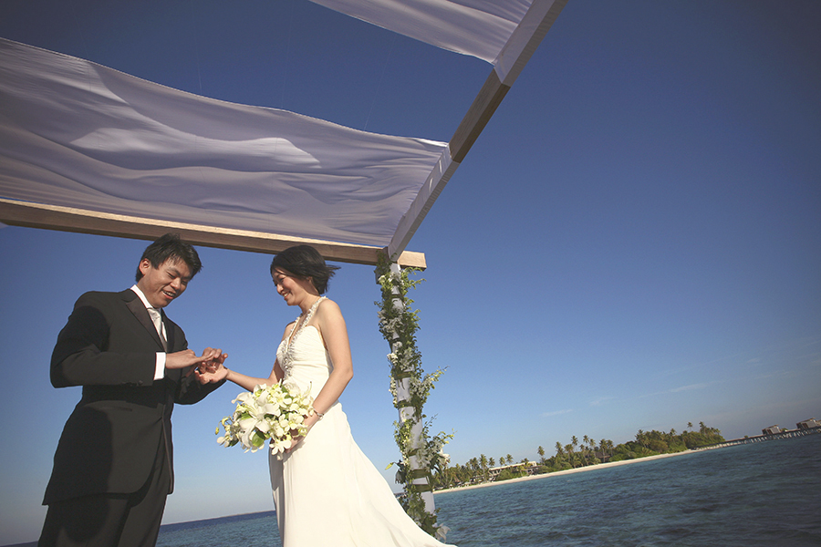 maldives . mauritius . tahiti . wedding photography by kurt ahs . 5399.jpg