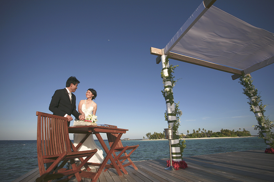 maldives . mauritius . tahiti . wedding photography by kurt ahs . 5402.jpg