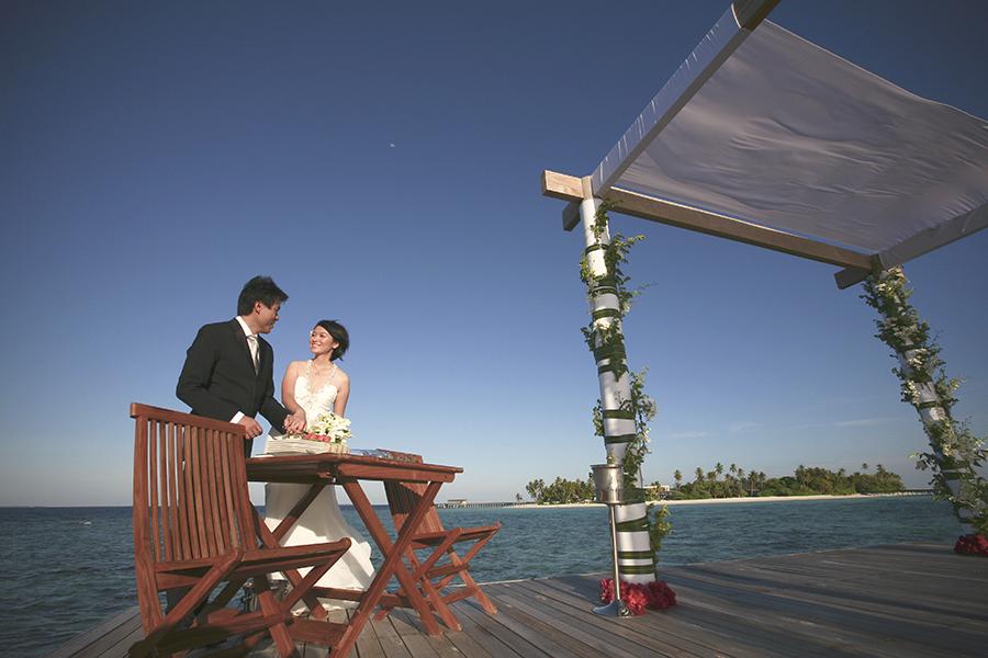 maldives . mauritius . tahiti . wedding photography by kurt ahs . 5402.jpg