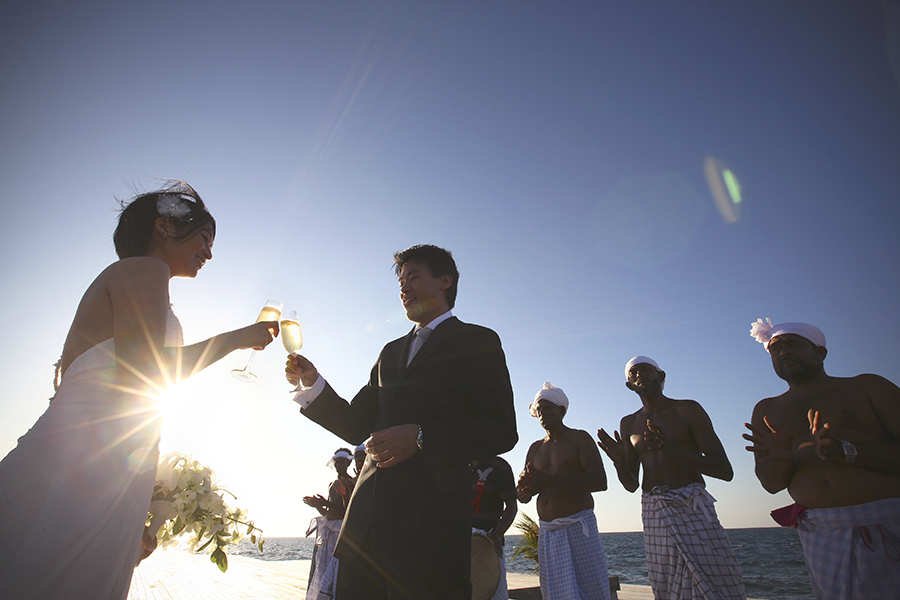 maldives . mauritius . tahiti . wedding photography by kurt ahs . 5406.jpg