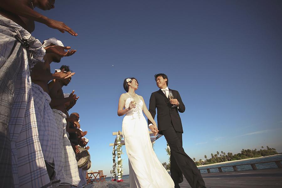 maldives . mauritius . tahiti . wedding photography by kurt ahs . 5410.jpg