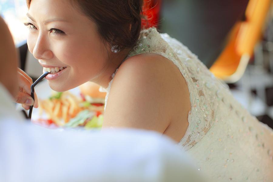 bali pre-wedding photography by kurt ahs . 5136.jpg