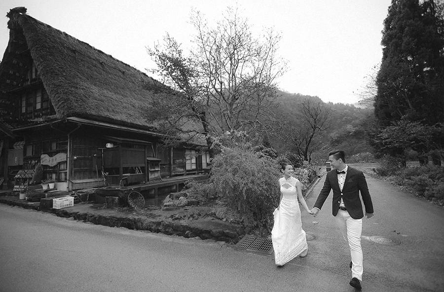 shirakawago japan . pre-wedding photography by kurt ahs . terry+zoey . 4255.jpg