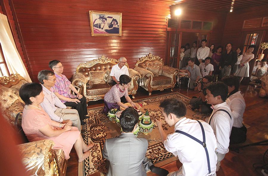 bangkok thailand wedding photography by kurt ahs . ruj+tai . 6267.jpg