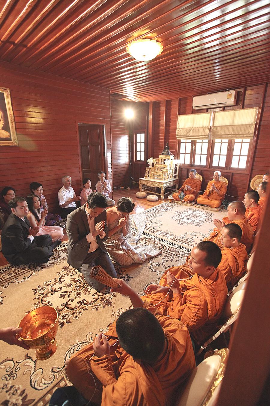 bangkok thailand wedding photography by kurt ahs . ruj+tai . 6261.jpg