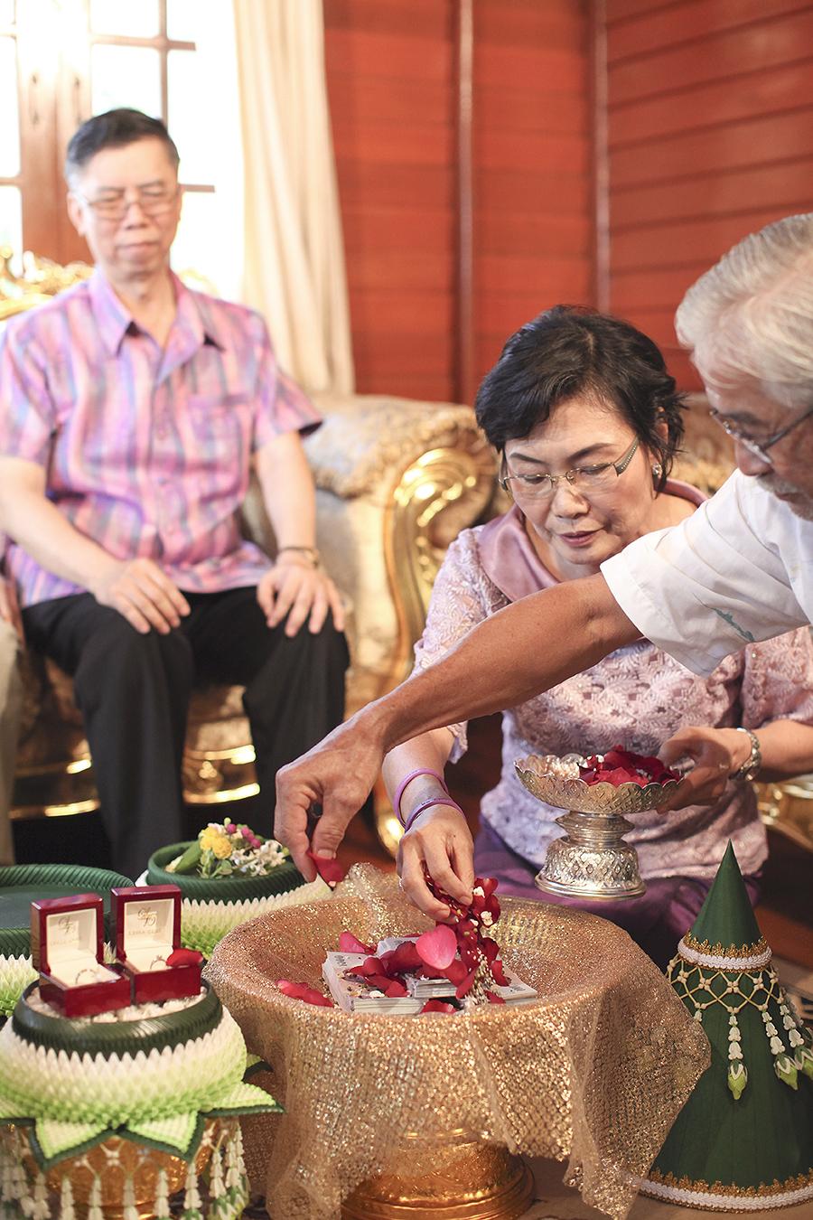 bangkok thailand wedding photography by kurt ahs . ruj+tai . 6268.jpg