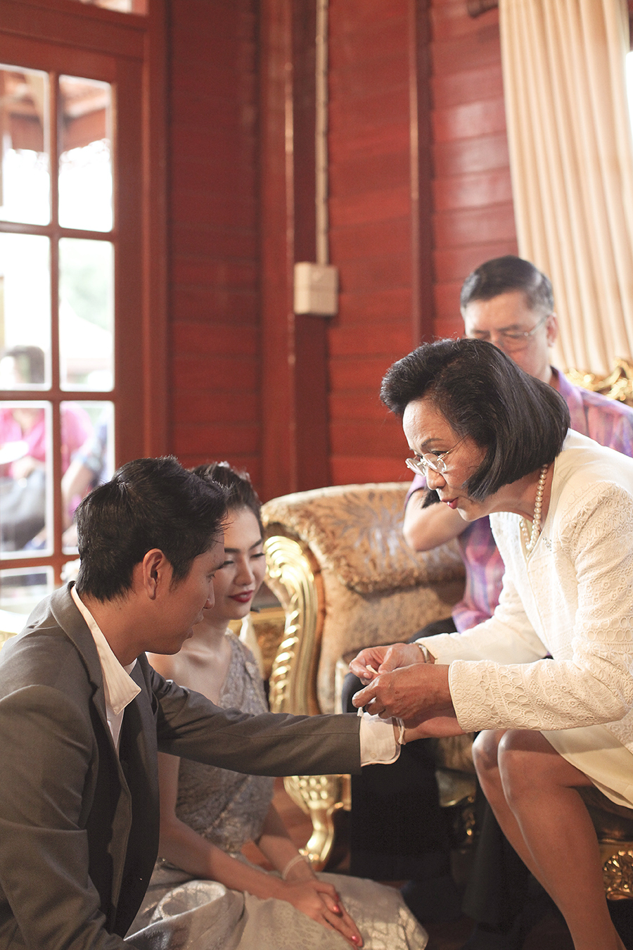 bangkok thailand wedding photography by kurt ahs . ruj+tai . 6277.jpg