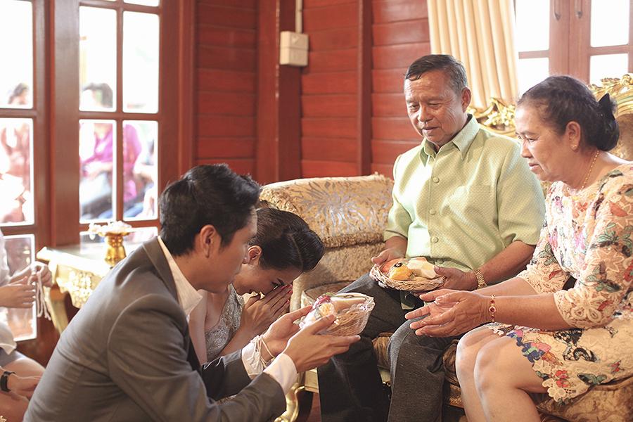 bangkok thailand wedding photography by kurt ahs . ruj+tai . 6279.jpg