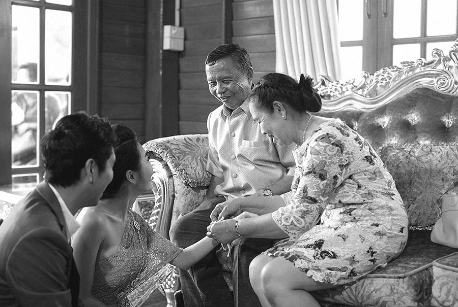 bangkok thailand wedding photography by kurt ahs . ruj+tai . 6278.jpg