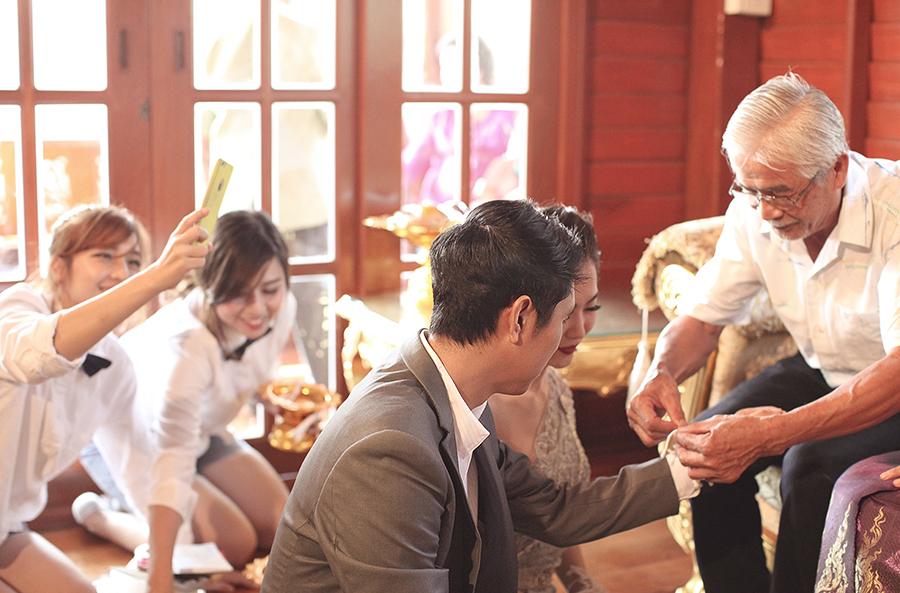 bangkok thailand wedding photography by kurt ahs . ruj+tai . 6283.jpg