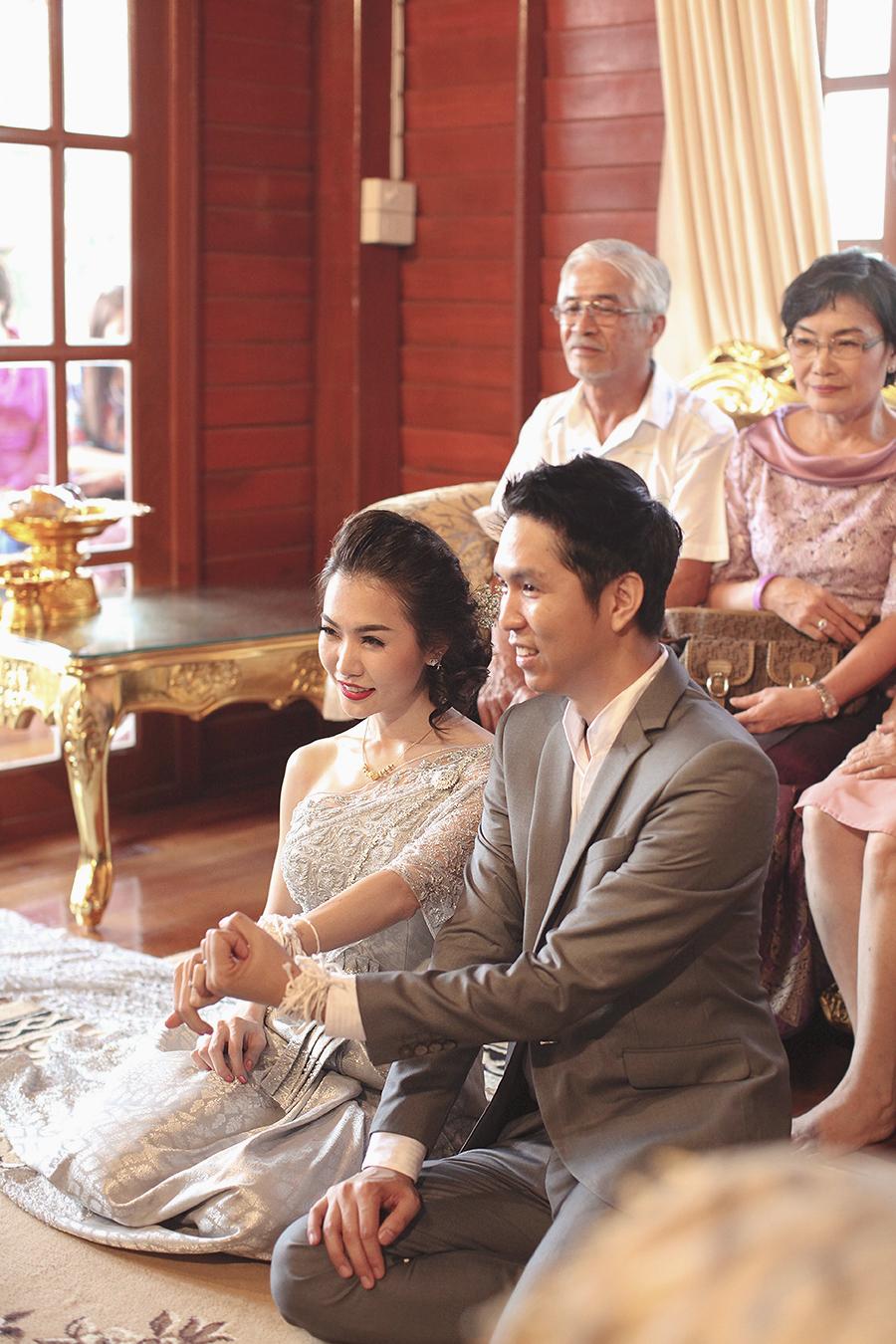 bangkok thailand wedding photography by kurt ahs . ruj+tai . 6285.jpg