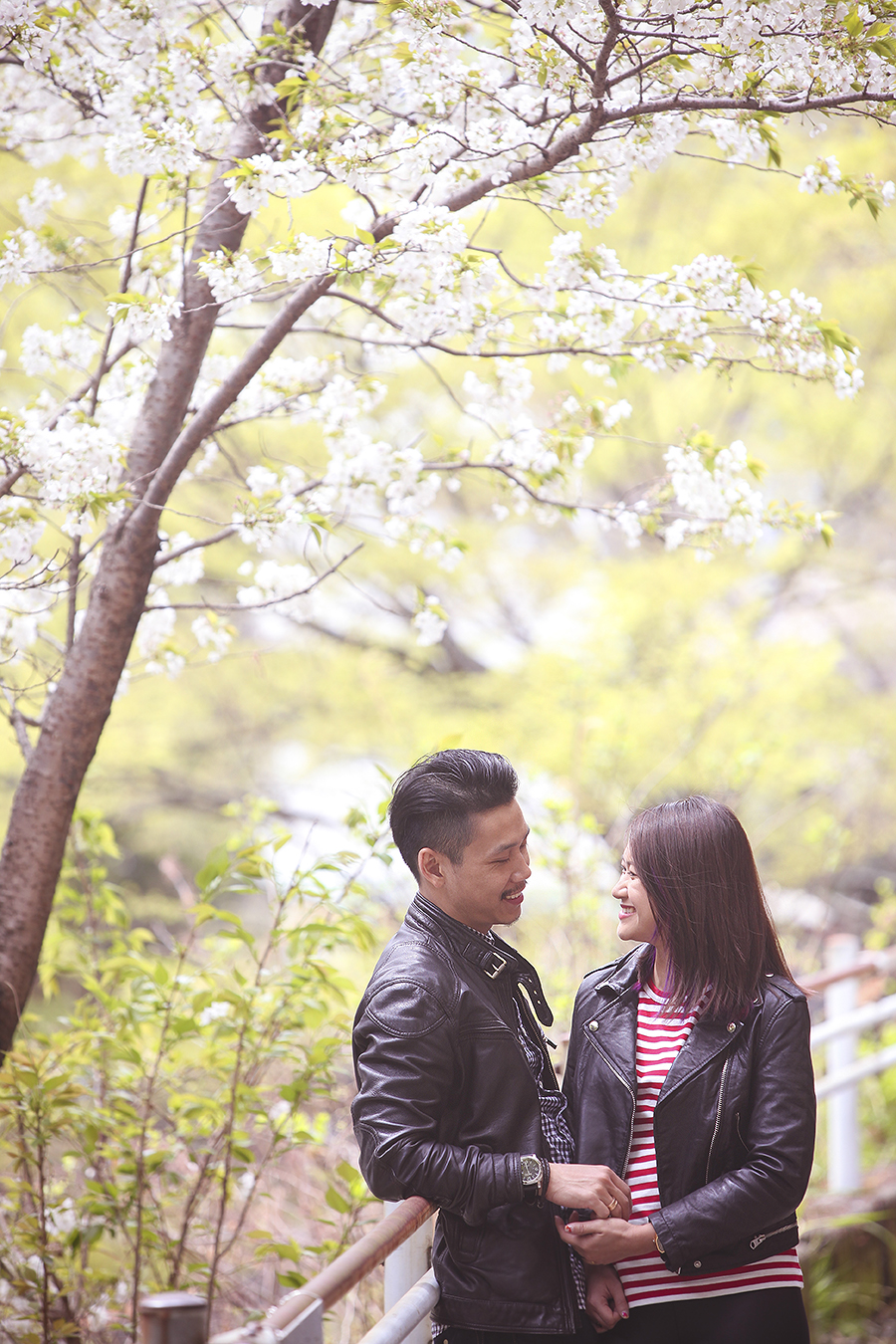 tokyo hakone japan spring sakura . engagement wedding photography by kurt ahs . ns + eu . 0363.jpg