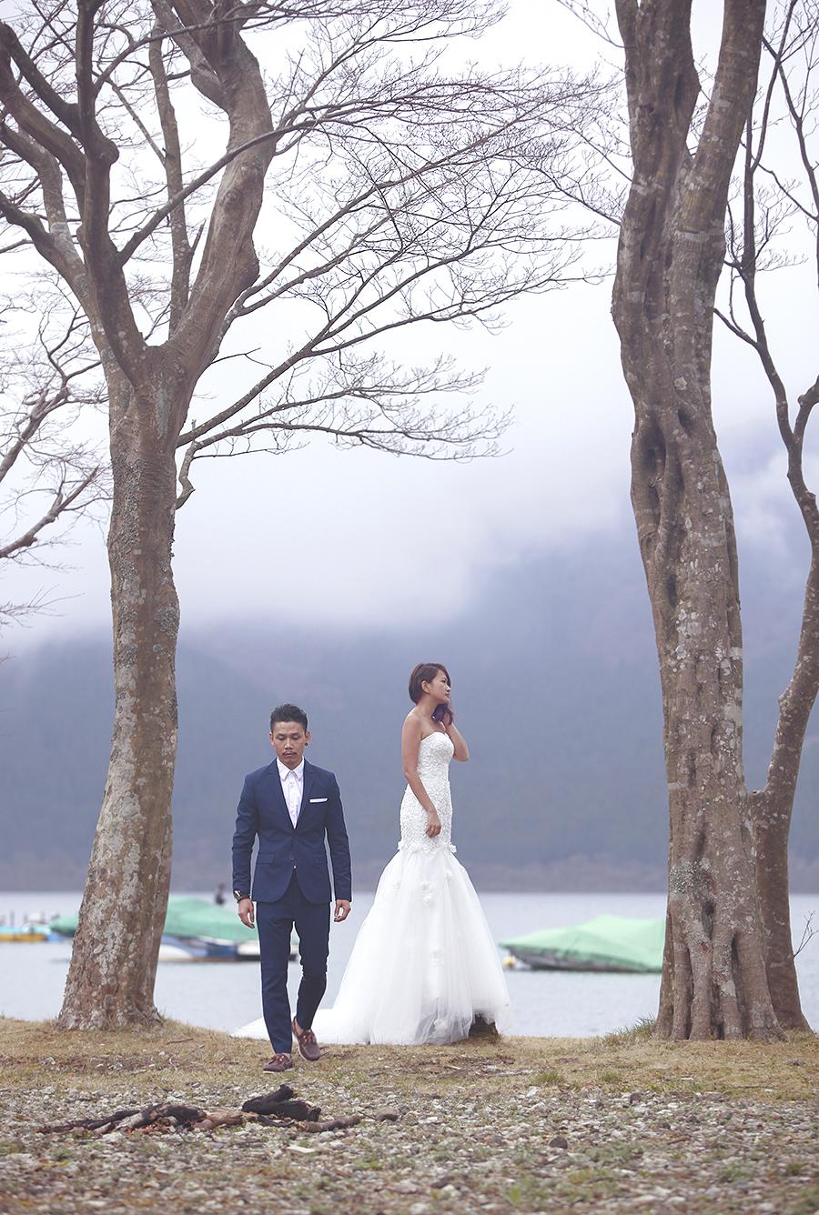 tokyo hakone japan spring sakura . engagement wedding photography by kurt ahs . ns + eu . 0381.jpg