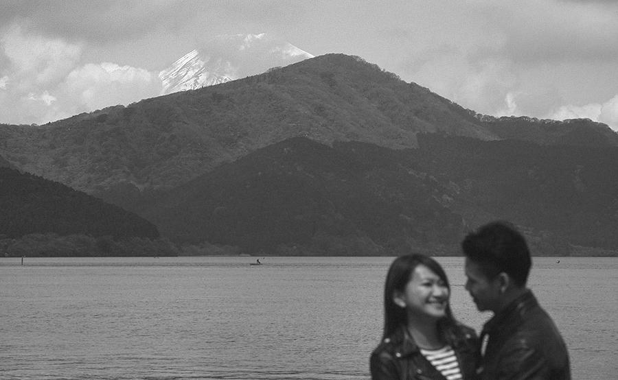tokyo hakone japan spring sakura . engagement wedding photography by kurt ahs . ns + eu . 0394.jpg