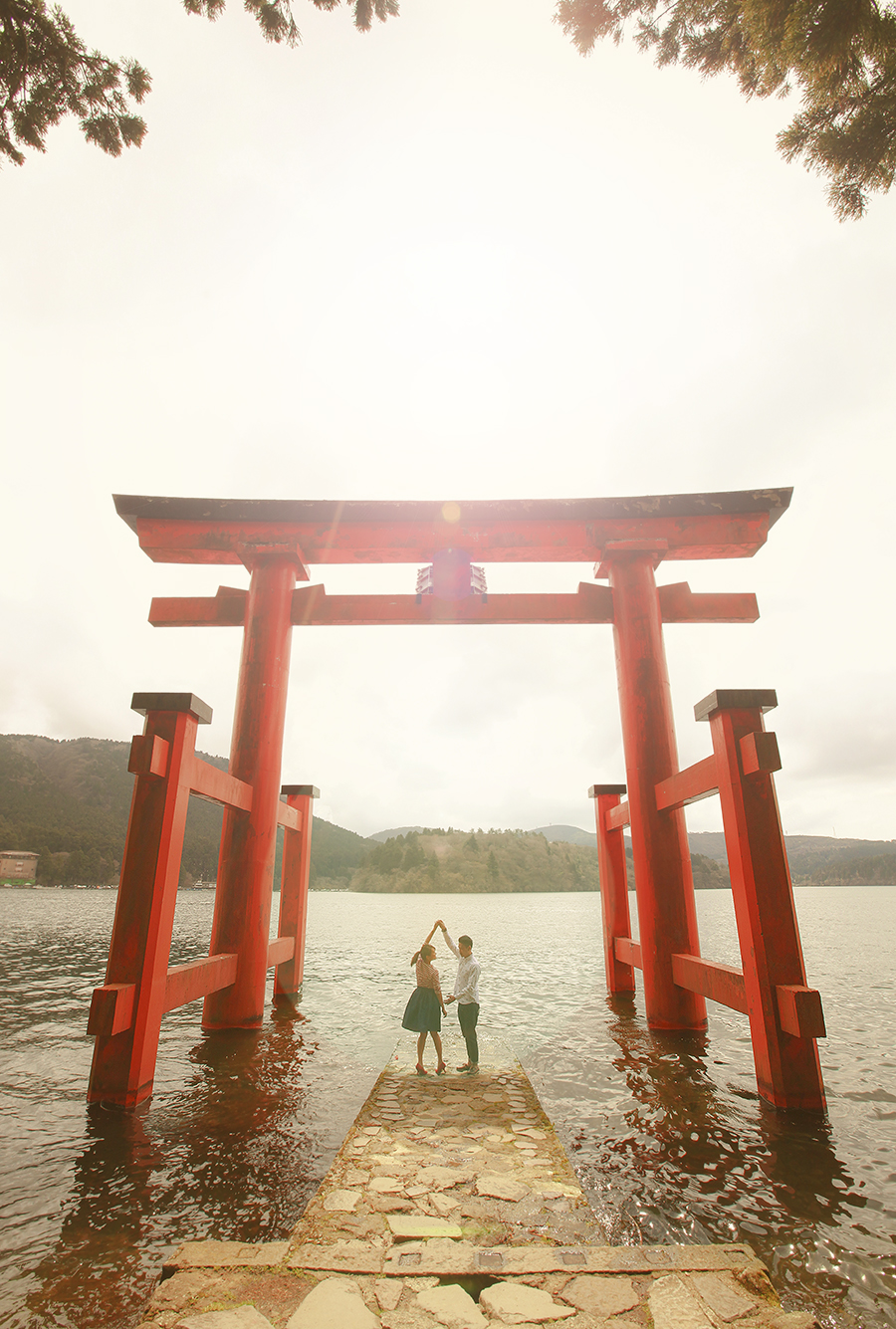 tokyo hakone japan spring sakura . engagement wedding photography by kurt ahs . ns + eu . 0395.jpg