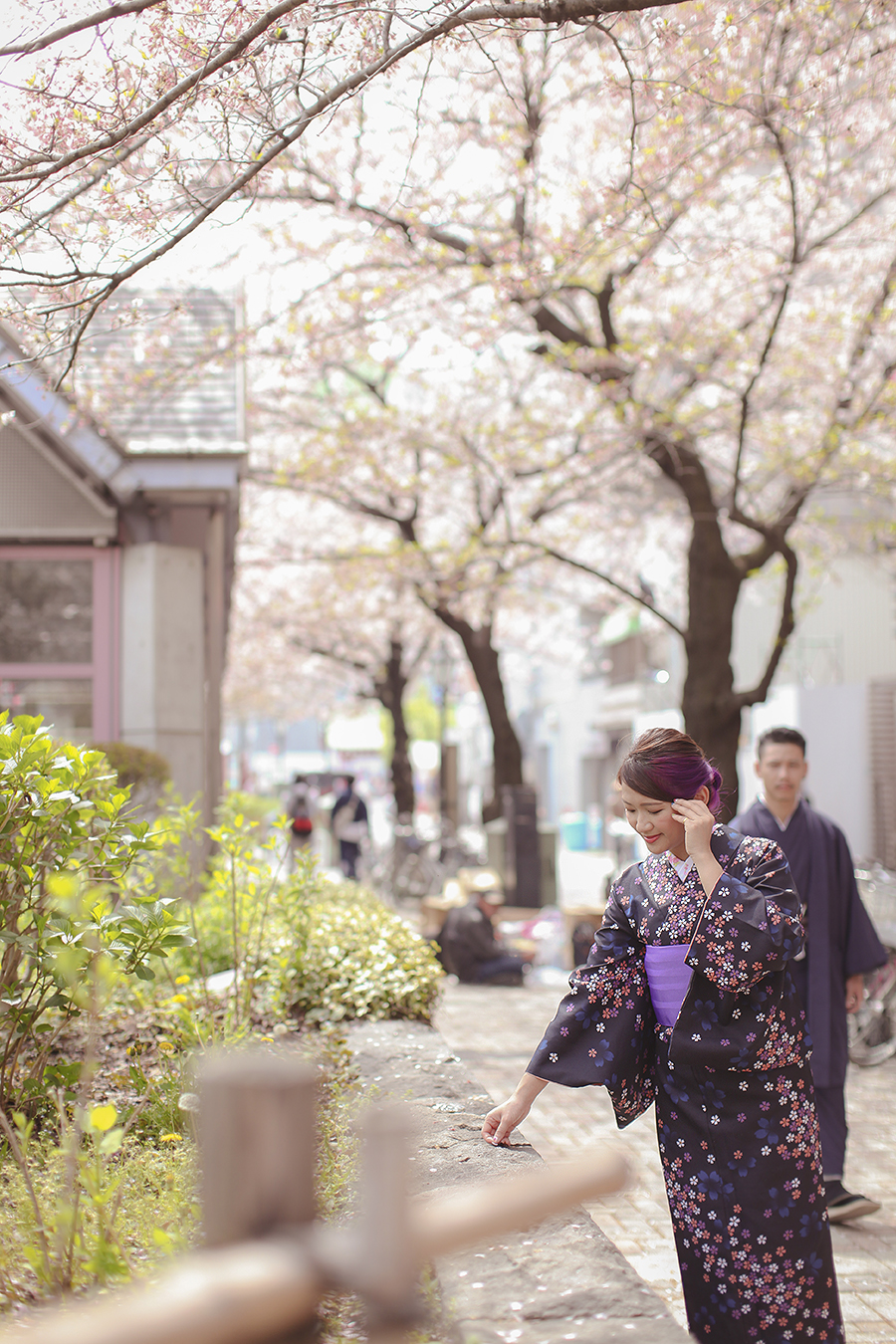 tokyo hakone japan spring sakura . engagement wedding photography by kurt ahs . ns + eu . 0404.jpg