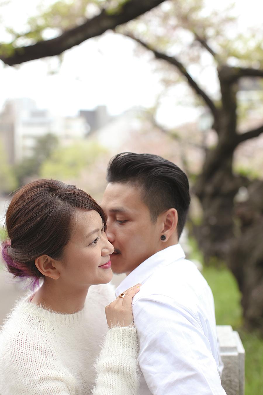 tokyo hakone japan spring sakura . engagement wedding photography by kurt ahs . ns + eu . 0420.jpg