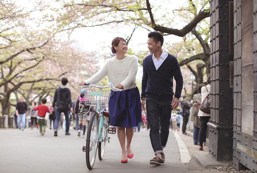 tokyo hakone japan spring sakura . engagement wedding photography by kurt ahs . ns + eu . 0422.jpg