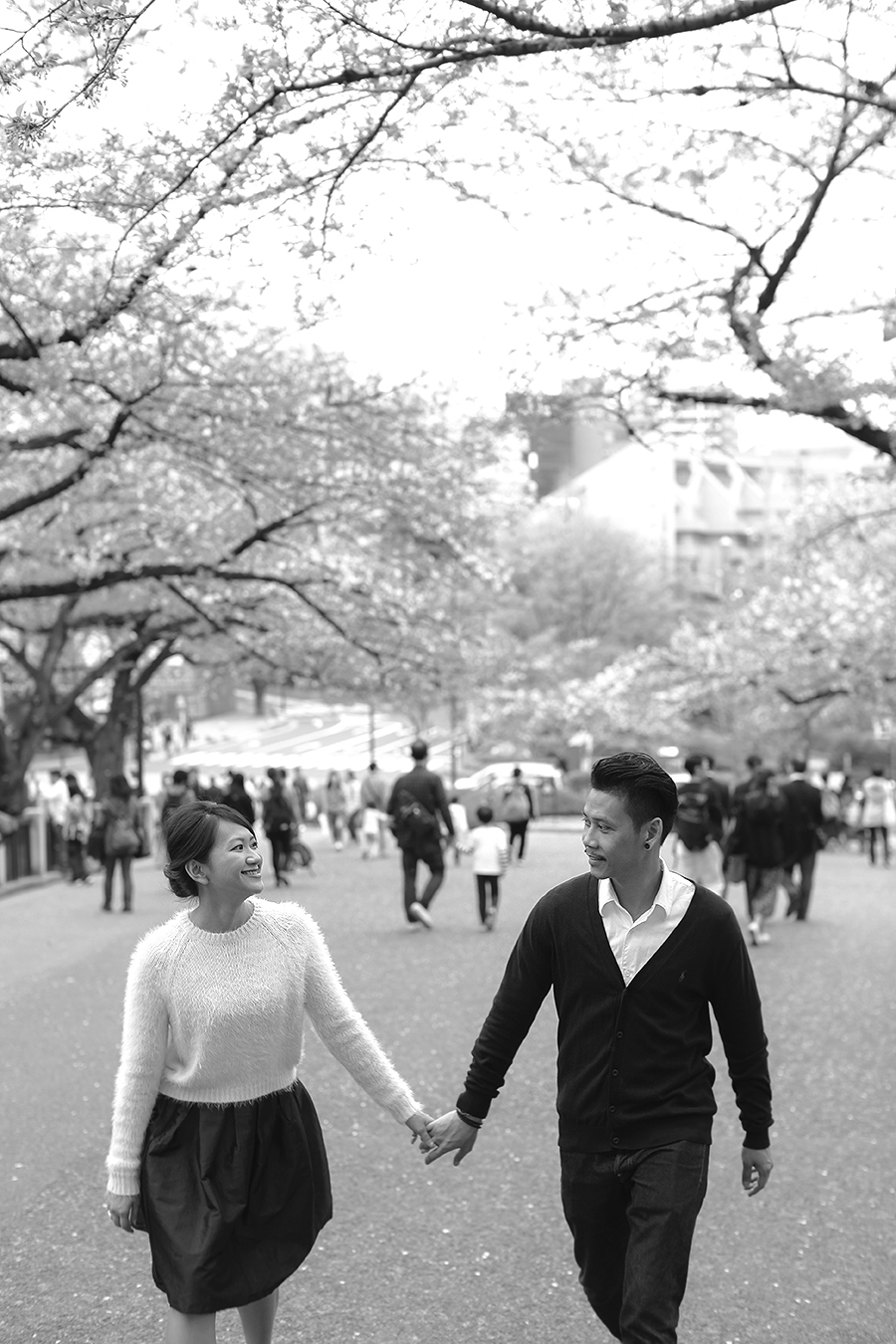 tokyo hakone japan spring sakura . engagement wedding photography by kurt ahs . ns + eu . 0424.jpg