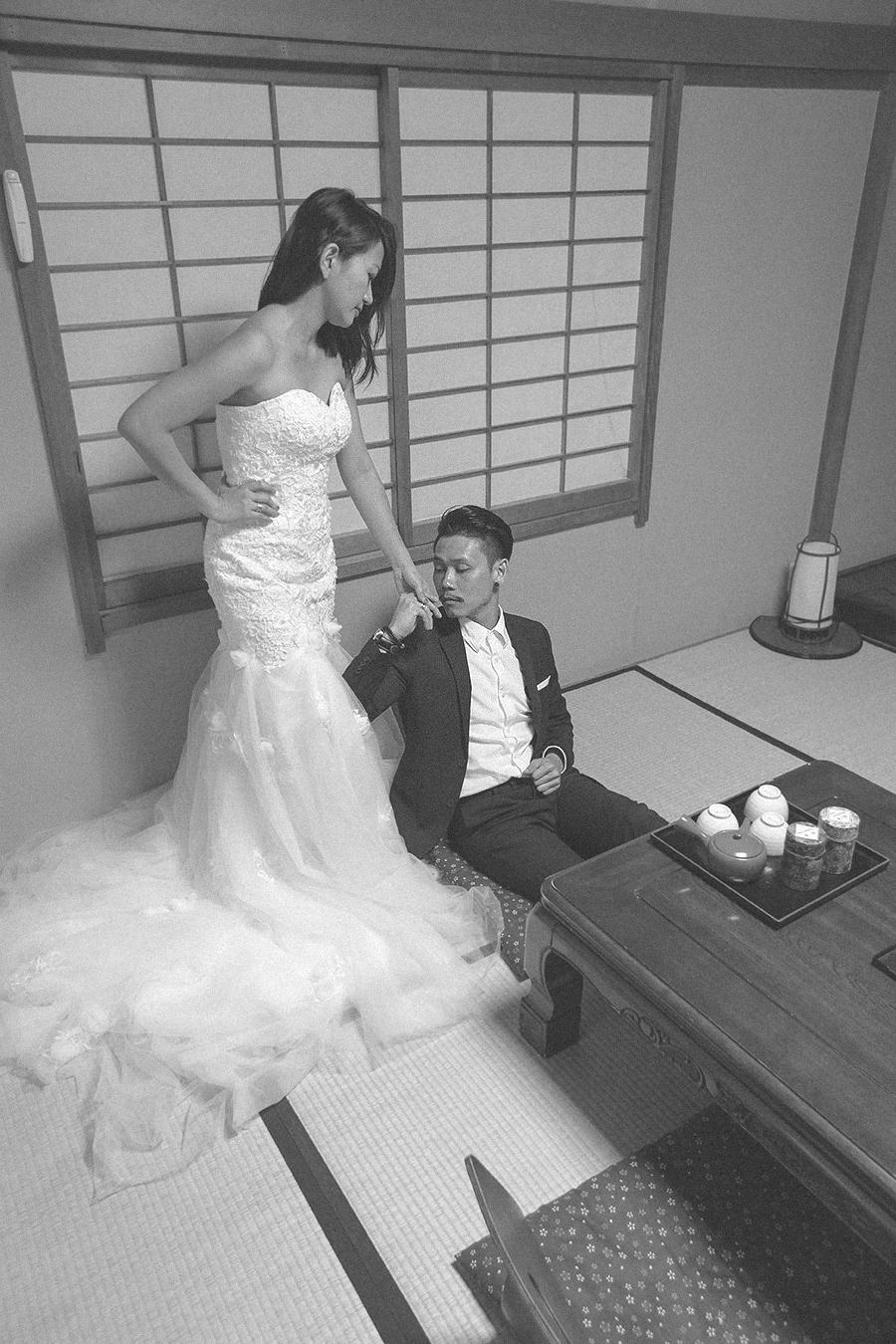 tokyo hakone japan spring sakura . engagement wedding photography by kurt ahs . ns + eu . 03901.jpg