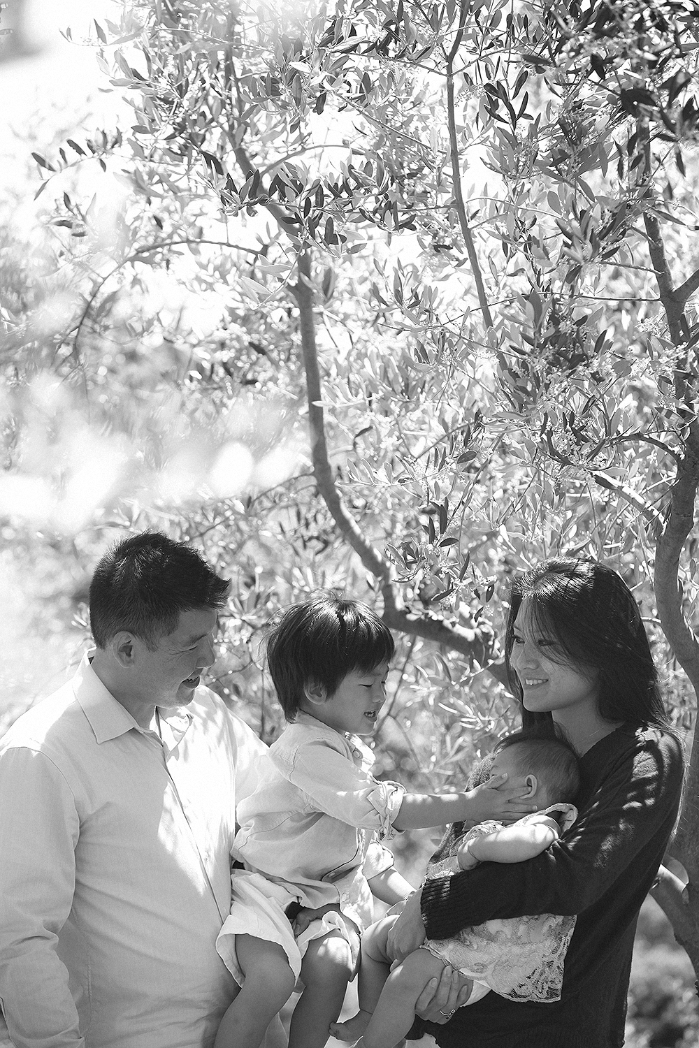 italy tuscany lucca . family portrait photography by kurt ahs . marvin + yvonne.7126.jpg