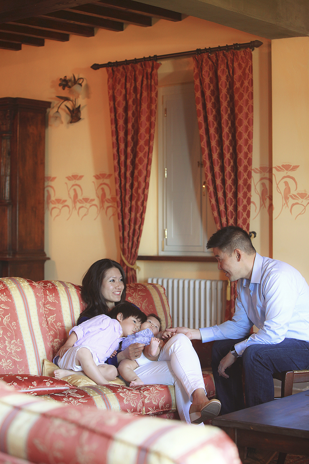 italy tuscany lucca . family portrait photography by kurt ahs . marvin + yvonne.7129.jpg