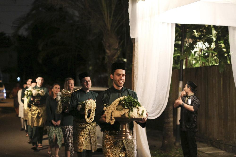 malaysia traditional malay wedding . the akad nikah of putera bruno araujo + puteri elfarezza . photography by kurt ahs ( perhapslifemoments ) . 7186.jpg