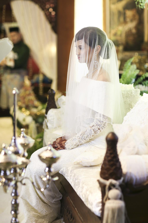 malaysia traditional malay wedding . the akad nikah of putera bruno araujo + puteri elfarezza . photography by kurt ahs ( perhapslifemoments ) . 7196.jpg