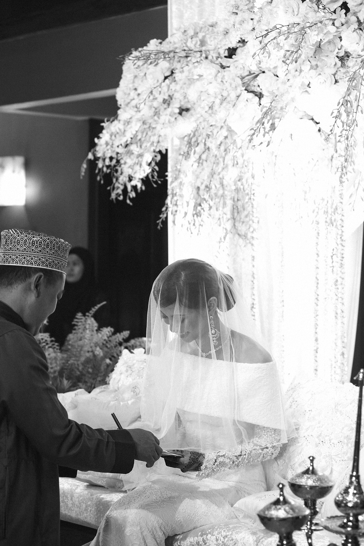 malaysia traditional malay wedding . the akad nikah of putera bruno araujo + puteri elfarezza . photography by kurt ahs ( perhapslifemoments ) . 7199.jpg