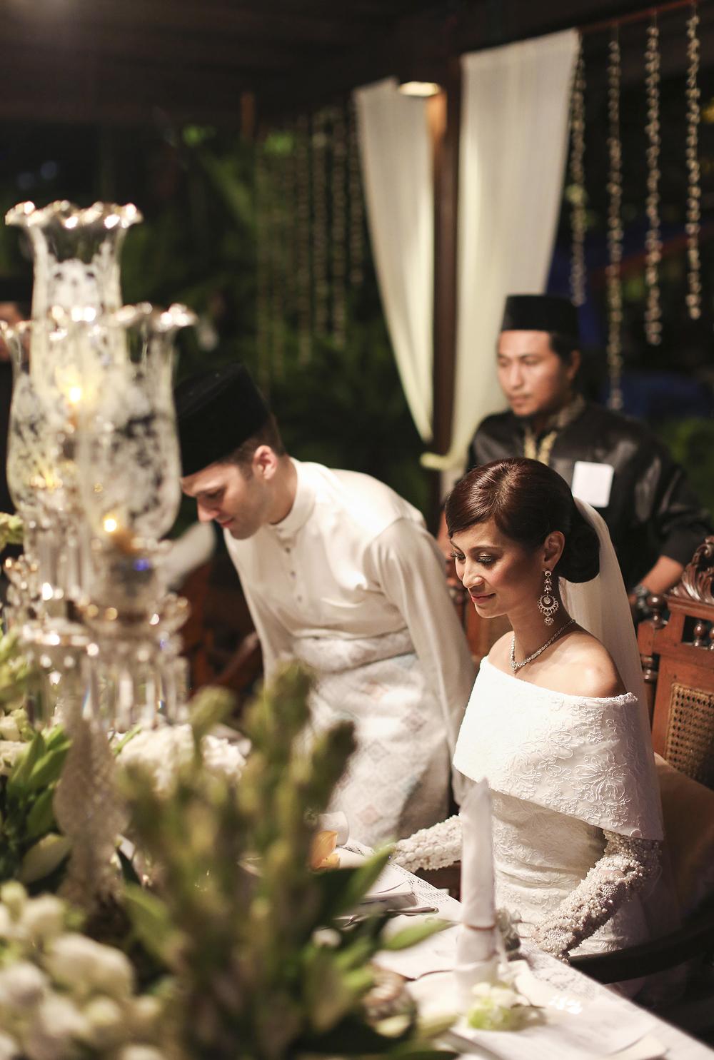 malaysia traditional malay wedding . the akad nikah of putera bruno araujo + puteri elfarezza . photography by kurt ahs ( perhapslifemoments ) . 7210.jpg