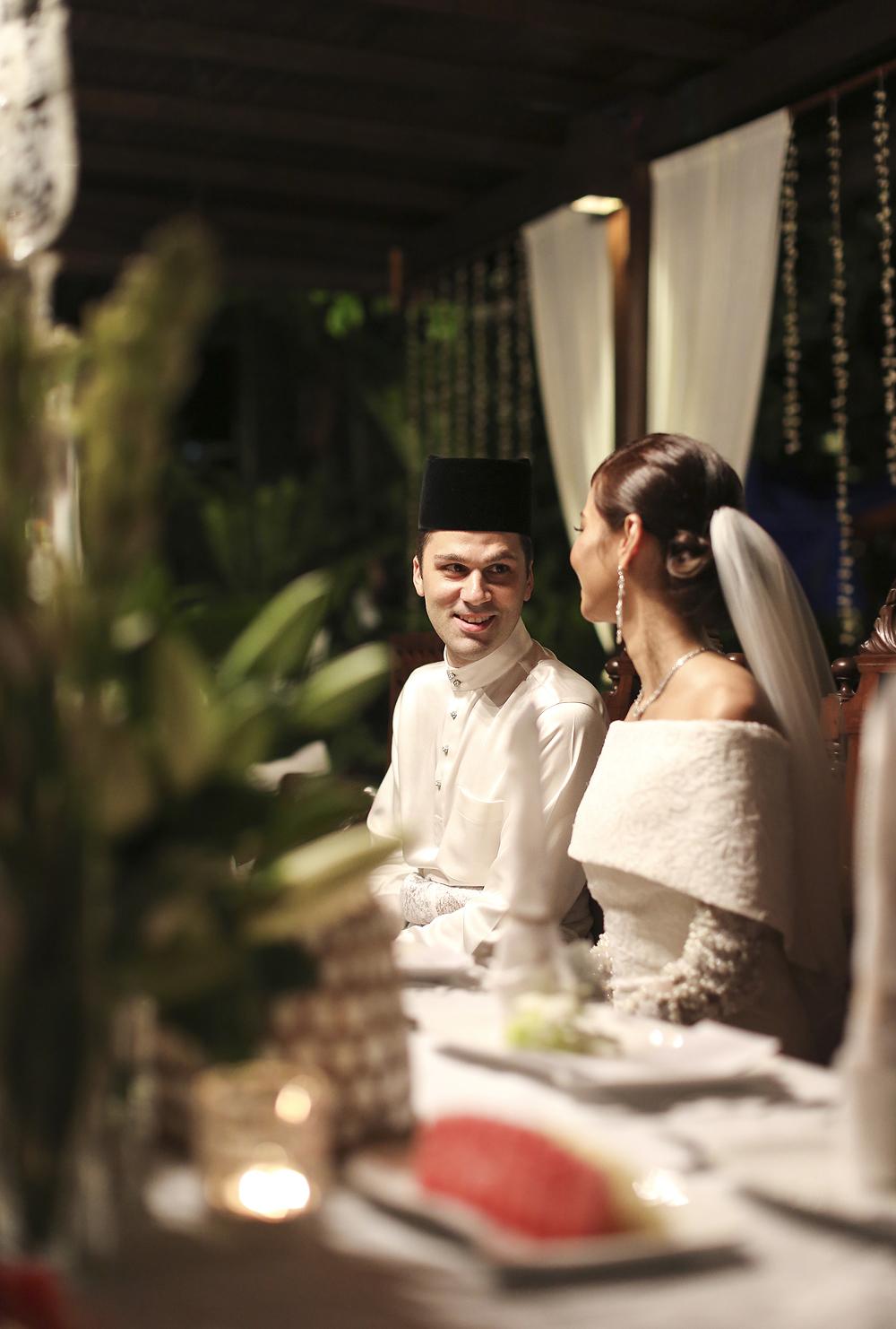 malaysia traditional malay wedding . the akad nikah of putera bruno araujo + puteri elfarezza . photography by kurt ahs ( perhapslifemoments ) . 7211.jpg