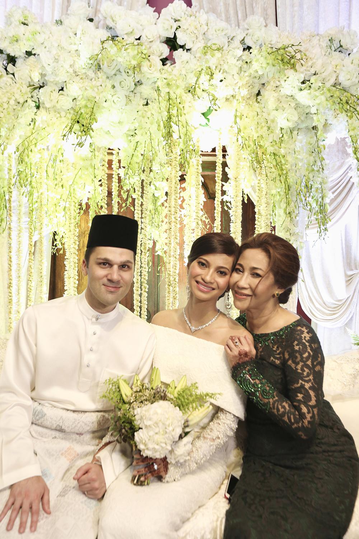 malaysia traditional malay wedding . the akad nikah of putera bruno araujo + puteri elfarezza . photography by kurt ahs ( perhapslifemoments ) . 7223.jpg