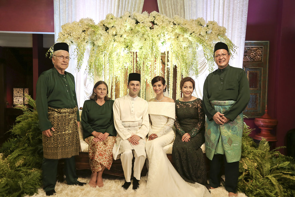 malaysia traditional malay wedding . the akad nikah of putera bruno araujo + puteri elfarezza . photography by kurt ahs ( perhapslifemoments ) . 7221.jpg