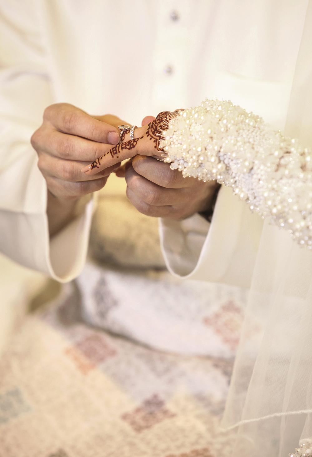 malaysia traditional malay wedding . the akad nikah of putera bruno araujo + puteri elfarezza . photography by kurt ahs ( perhapslifemoments ) . 7200.jpg