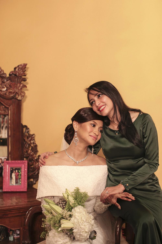 malaysia traditional malay wedding . the akad nikah of putera bruno araujo + puteri elfarezza . photography by kurt ahs ( perhapslifemoments ) . 7174.jpg