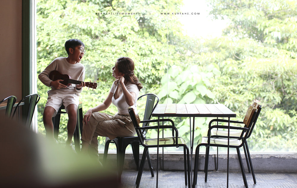 contemporary family portrait photography by kurt ahs . alwin anne lucas choo . 9124.jpg
