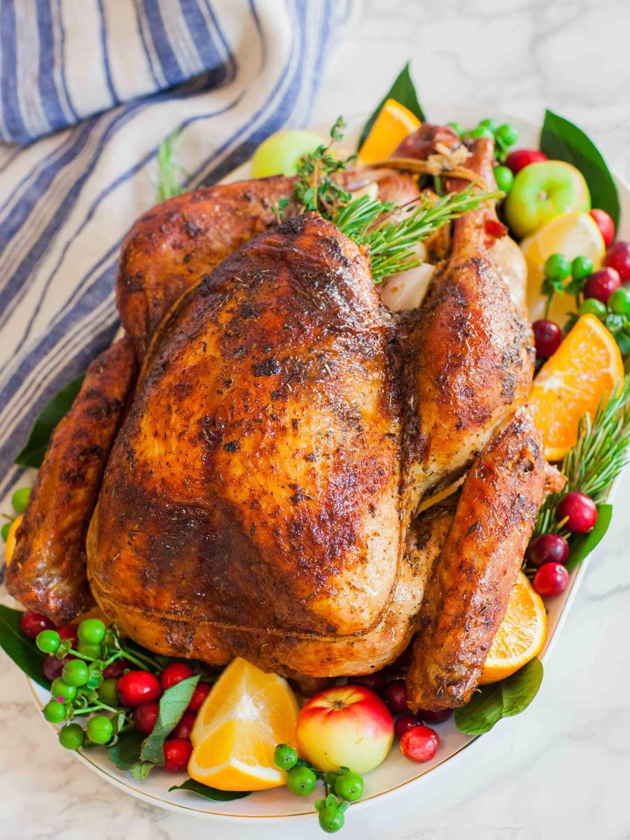 Garlic-Butter-Thanksgiving-Turkey.jpg